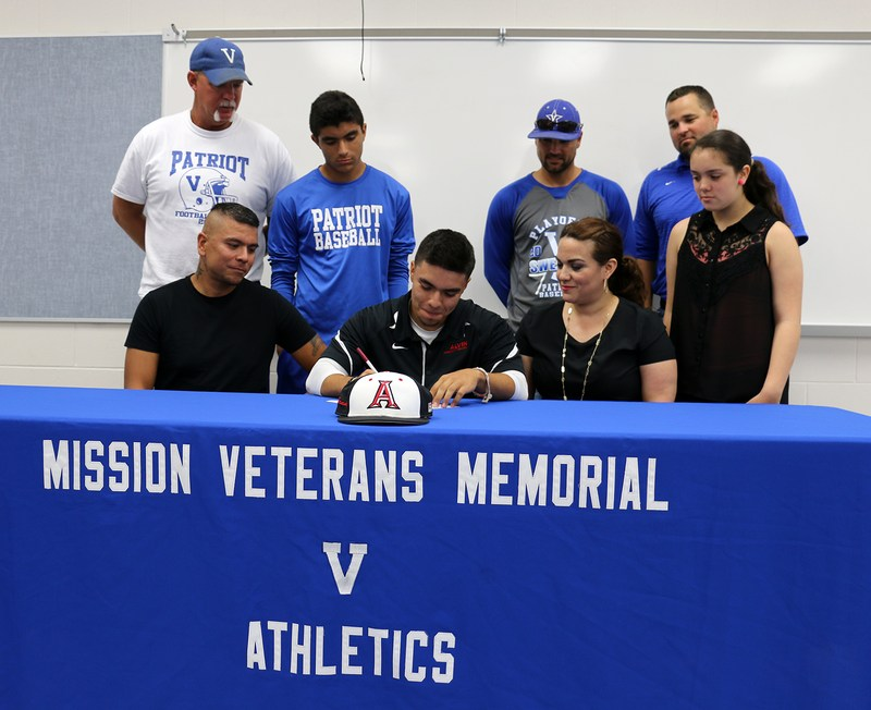 VMHS baseball standout signs letter of intent