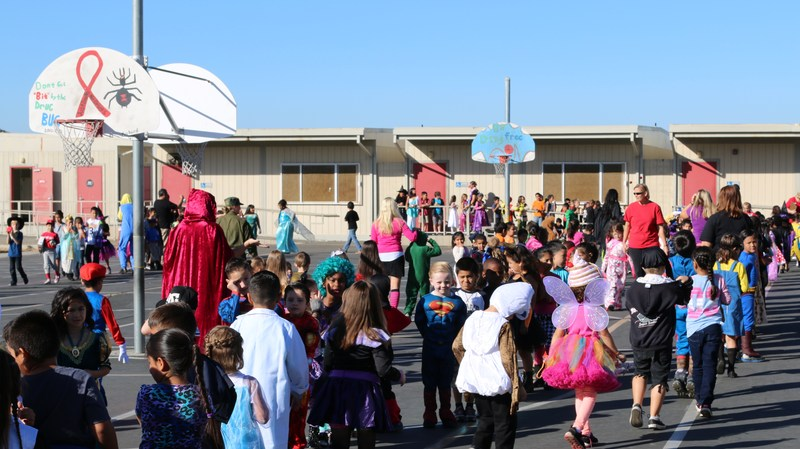 McSweeny Elementary Staff Use Red Ribbon Week to Give Back to Community