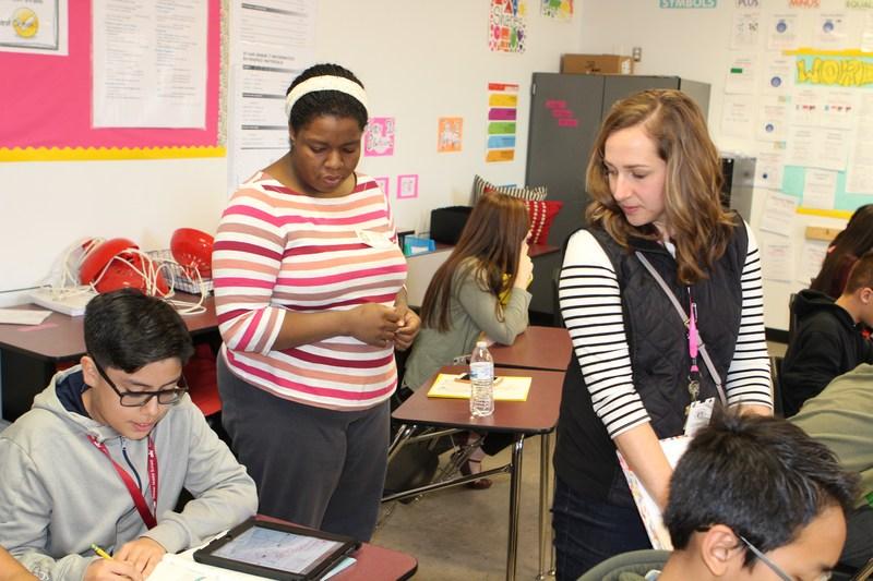 Decker MS Hosts Educators from Austin During AVID Showcase Thumbnail Image