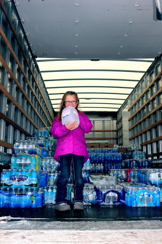 Donations Pouring from Middleville to Flint