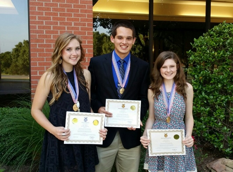 Whitehouse High School Students Honored at Conference