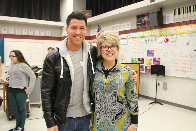 GHS Grad Stops By to Discuss His Acting Career