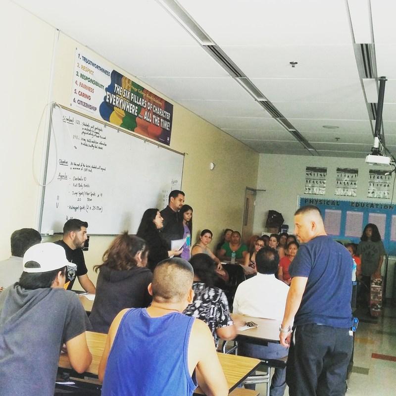 Principal's Town Hall Meeting / Junta Abierta con el Principal