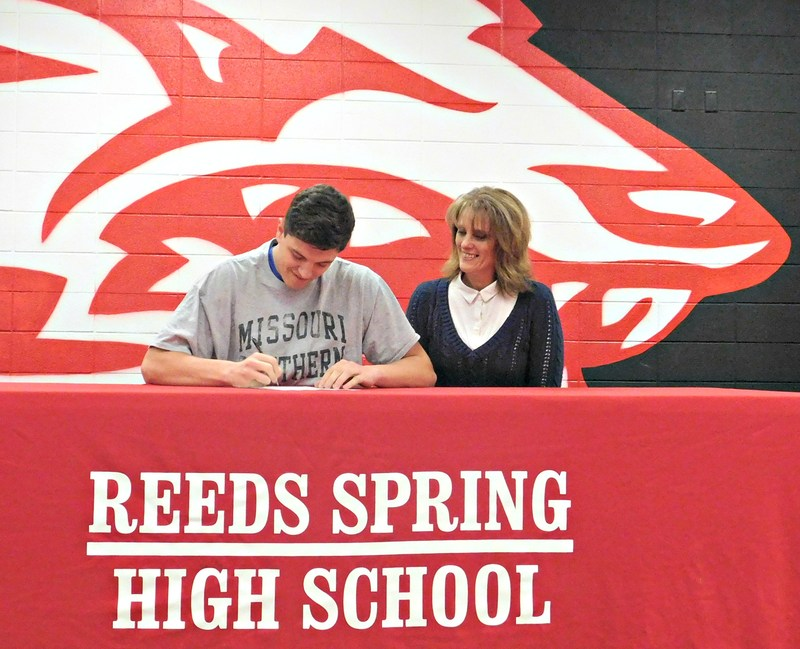 Two Wolves Plan to Continue Their Football Careers in College