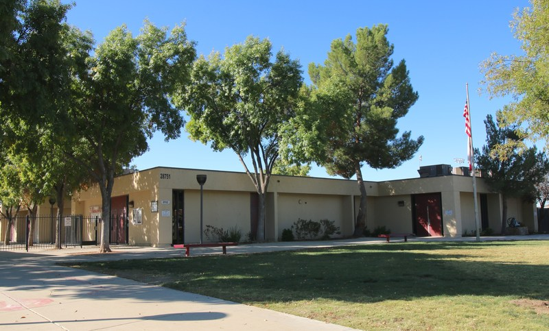 Winchester Elementary School's campus