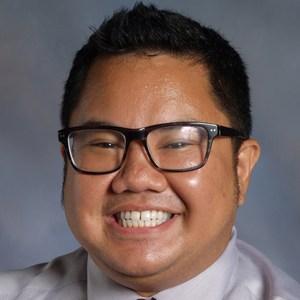 Melvin Morallos '02's Profile Photo