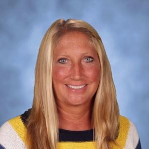 Suzanne M Domin's Profile Photo