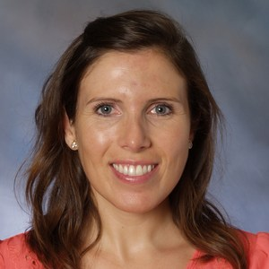 Jennifer Abalos '01's Profile Photo