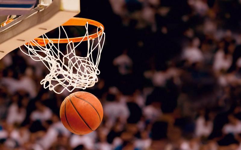 Boys Basketball Starts 1/3 Thumbnail Image