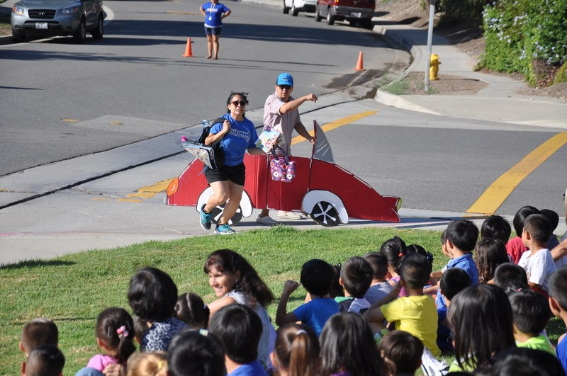 Collegewood kids learn about traffic safety