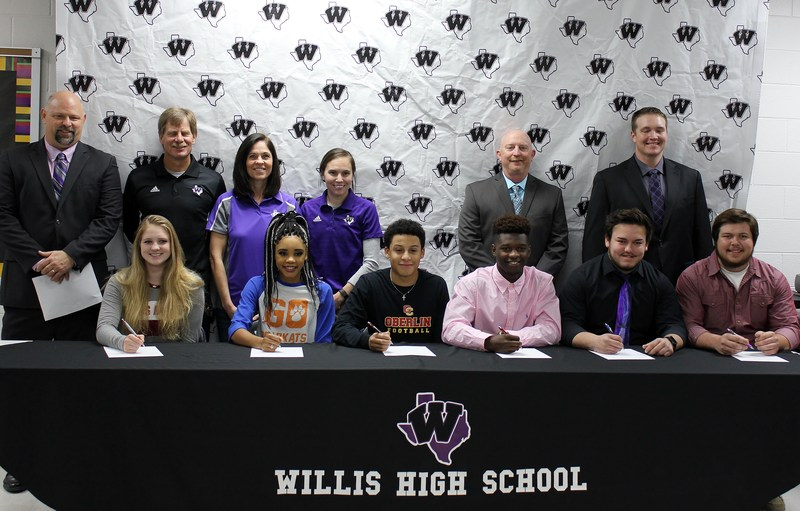 Six Willis ISD Athletes Commit to Play at Next Level