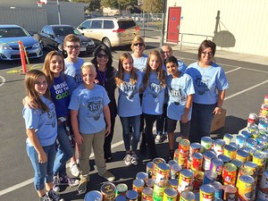 Students at Travis Ranch collect food, distribute to less fortunate district families