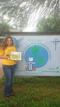Monika Ruiz Receives Schreiner University Scholarship