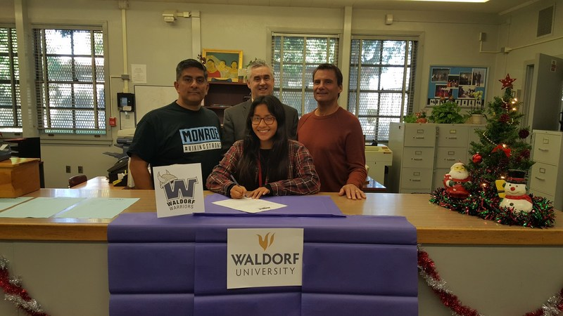 Diana Leyva Signs Letter of Intent.