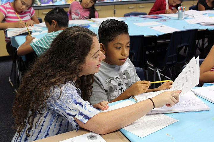 Students learn English through art, science summer camp