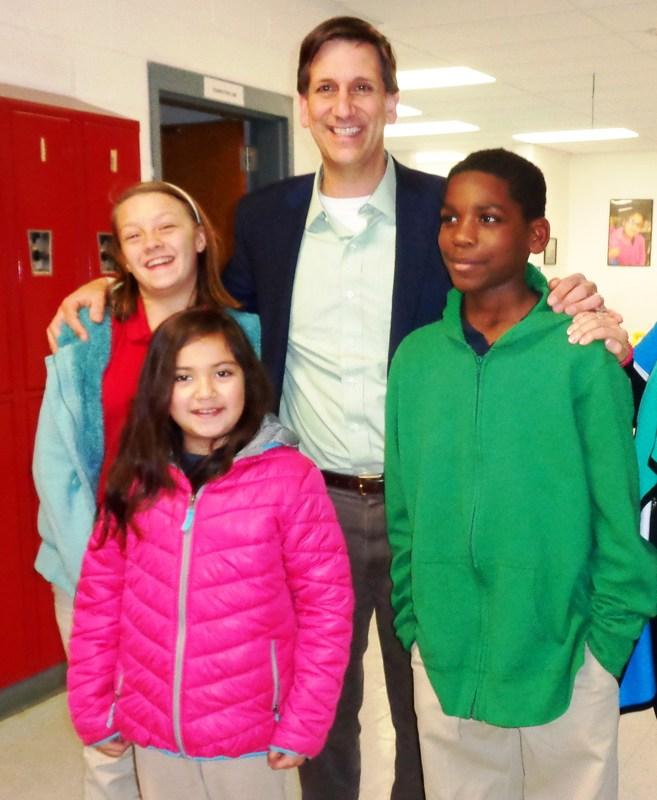 Senator visits Pageland school