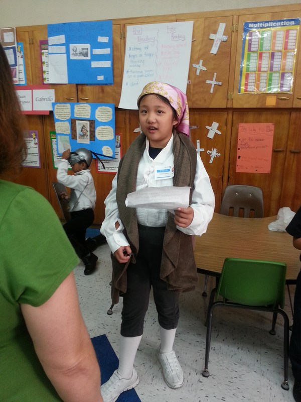 Students host their own LIVING MUSEUM