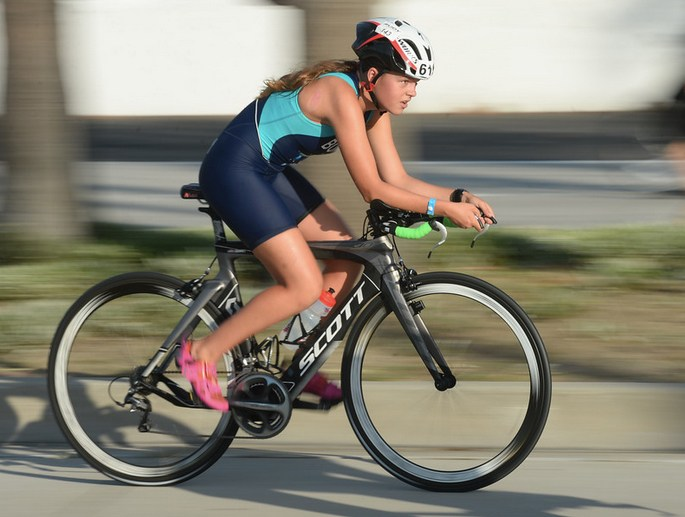 Senior Jocelyn Bonney Wins Long Beach Triathlon