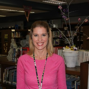 Deena Renew's Profile Photo