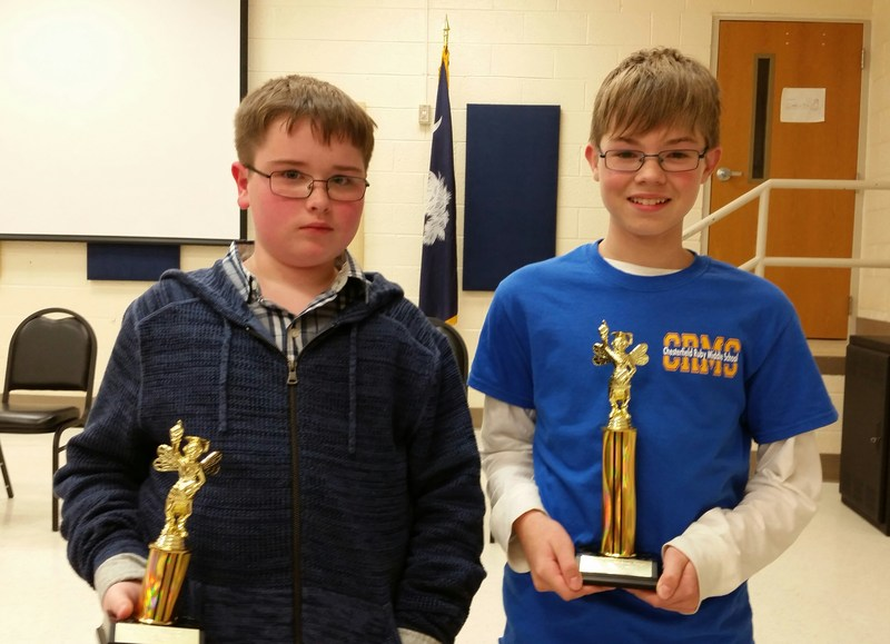 CRMS student wins spelling bee