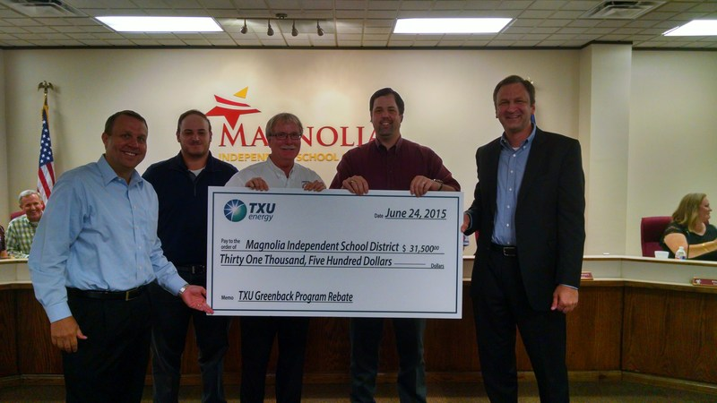 TXU Energy Presents Magnolia ISD with Energy Rebate