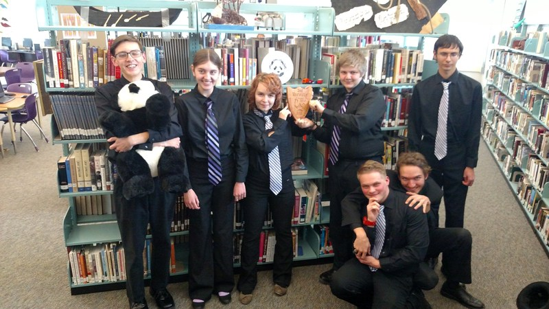 Knowledge Bowl Places Second In Regionals