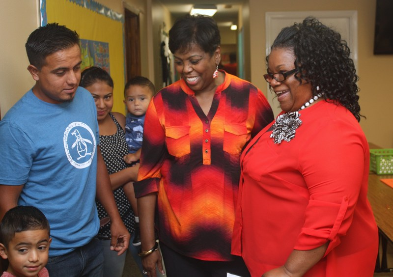 Parents meet Southwest teachers, find classrooms before Opening Day