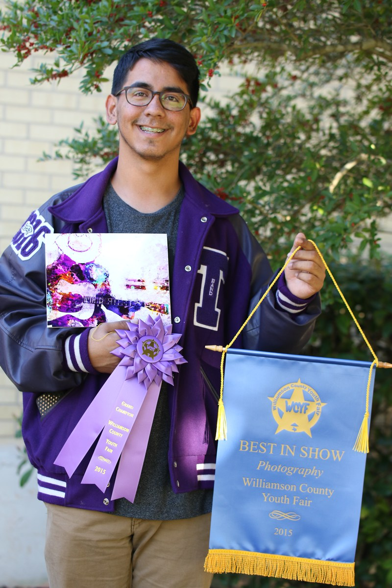 Senior Earns Best in Show