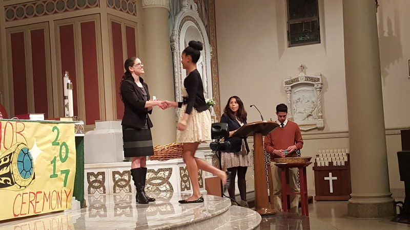 Juniors receive class rings in annual rite of passage