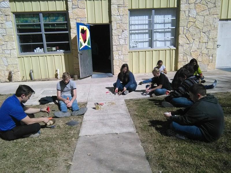 Art Class Takes it Outside