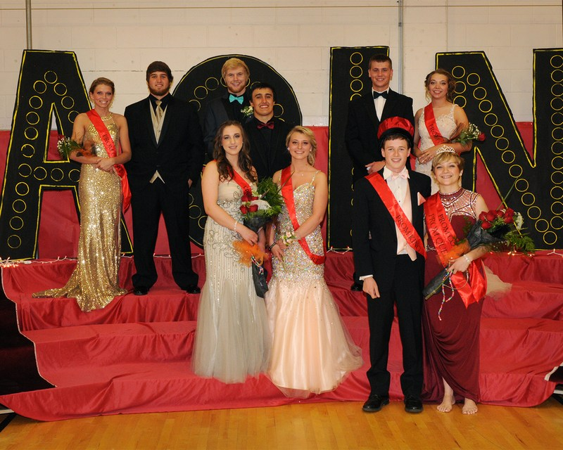 Jayde Parsons, Mitchel Peters, Dayton Wickwire, Brandon McLinko, Bella Bartholemew, First Runners-up Kaleb Benjamin with Bella Sedor and Victoria Gowin. Far right is the King Nick Innocenzo, and his Queen Taylor Hallabuk.