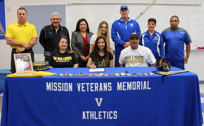VMHS student athlete signs letter of intent