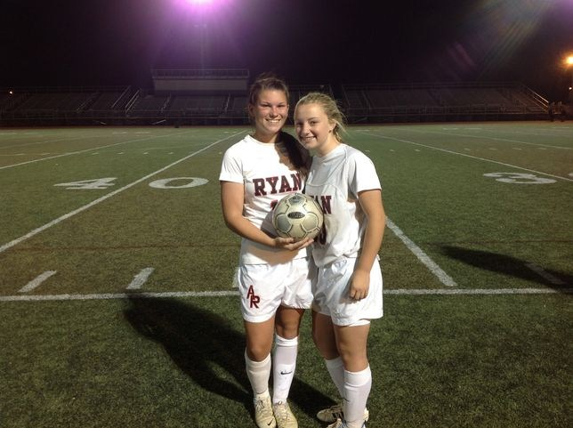 Senior Jules Blank Continues to Succeed as the Ragdolls top Penn Charter 2-1.