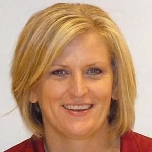 Annie Boehnlein '94's Profile Photo