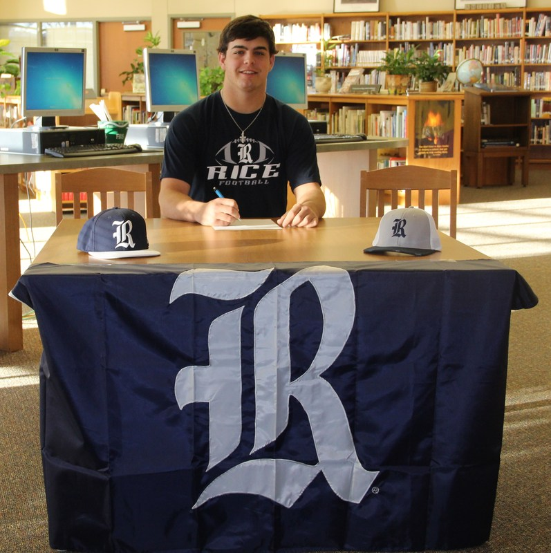 Will Signs with Rice Owls