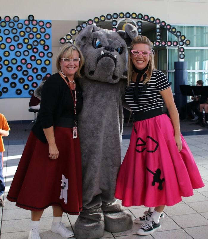 principals with Bulldog mascot