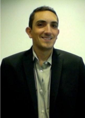 Teacher David Barba honored as Newsela Community Adviser