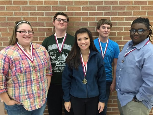 FHS Students Place at UIL Meet