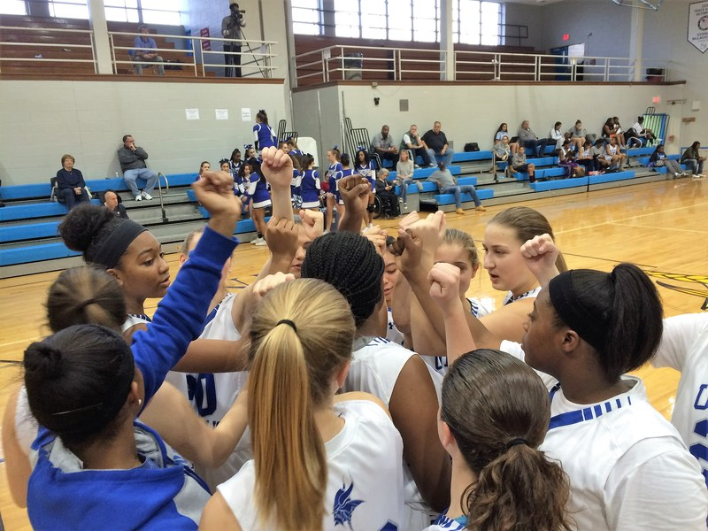 Big fourth quarter spurs Union Catholic girls to huge victory over Oak Knoll Thumbnail Image