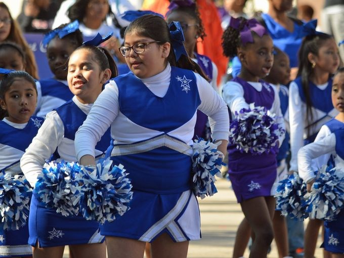 KHOU 11 News posts pictures of Varnett NE students in MLK Grande Parade