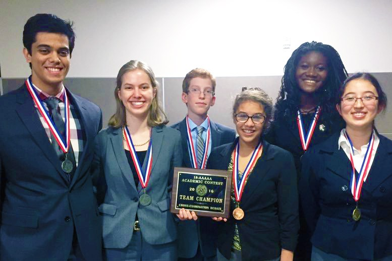 CSISD teams sweep UIL cross-examination district meet