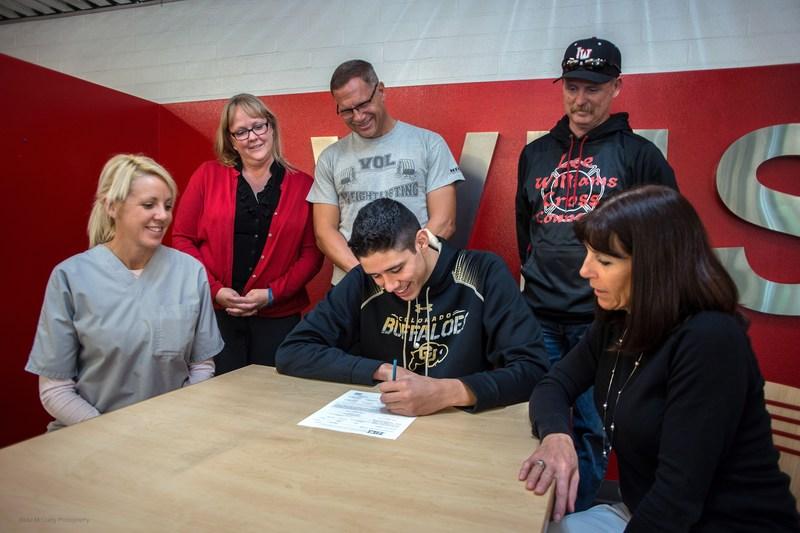 Narvarte signs National Letter of Intent