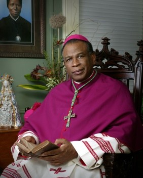 Bishop Edward K. Braxton to Speak at Cristo Rey Jesuit High School Thumbnail Image
