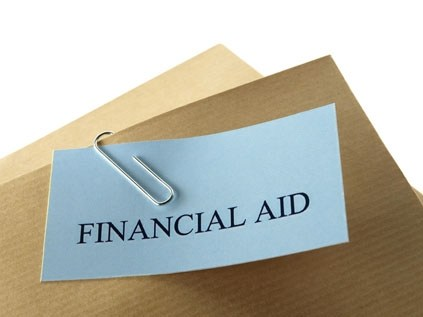 Financial Aid and HNHS Scholarships Thumbnail Image