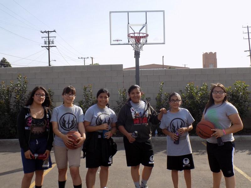 Girls Basketball -- The Dream Team!